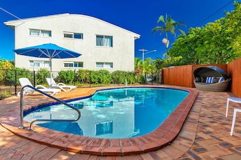 Enter your dates to get the Sunshine Coast hotel deal