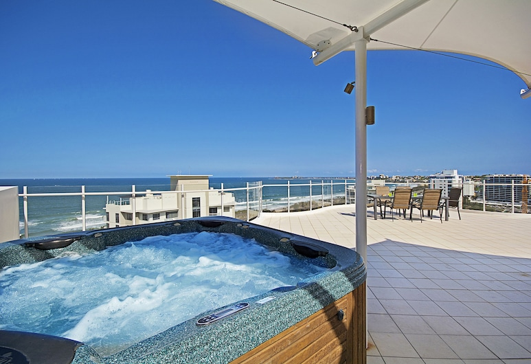 Aqua Vista Resort, Maroochydore, 4 Bedroom Penthouse (Schoolies not allowed), Wanna spa na zewnątrz