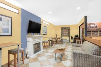 羅徹斯特羅切斯特機場辣椒麥科特溫德姆套房飯店的相片