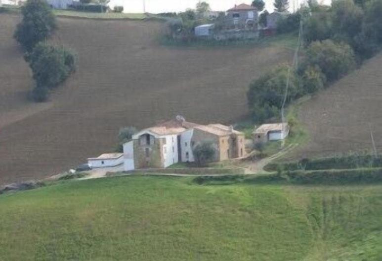 Residence Messer Raimondo Luogo d'Arte, Castiglione Messer Raimondo, Ulkoalueet