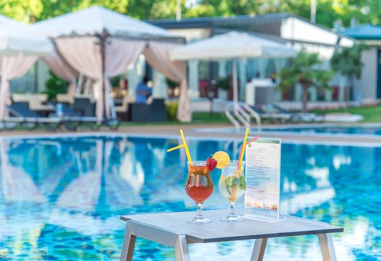 City Palace Hotel, Tashkent, Outdoor Pool