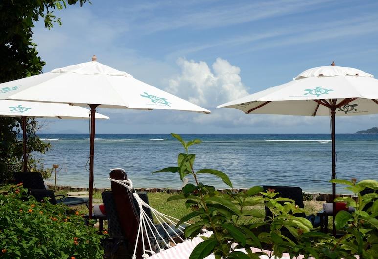 Le Relax Beach House - La Digue, La Digue, Beach