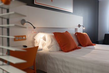 Picture of Hotel Bed4u Pamplona in Pamplona