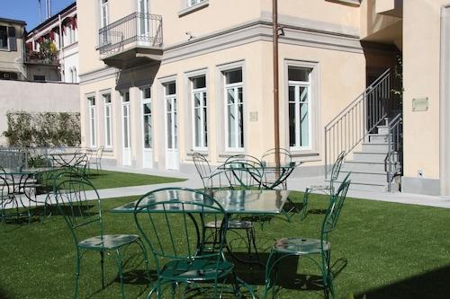德瓦斯酒店/