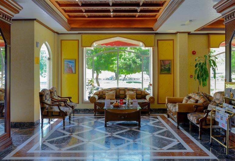 OYO 103 Hotel Golden Oasis, Мускат, Гостиная в вестибюле