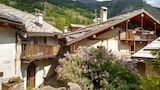 Choose This Cheap Hotel in Pragelato