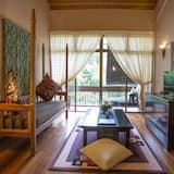 Liwagu Suite - Guest Room View