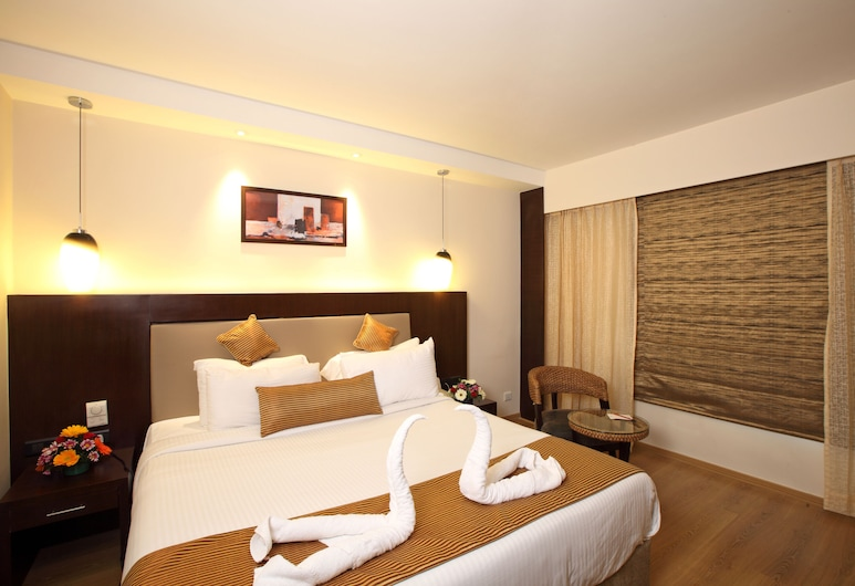Octave Hotel & Spa Sarjapur Rd, Bengaluru, Executive Room, 1 Queen Bed, Guest Room