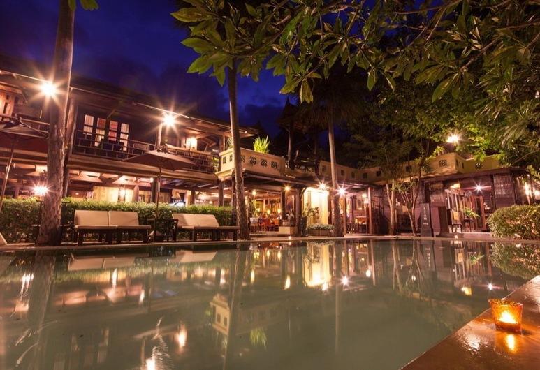 Ndol Streamside Thai Villas, Muak Lek, Banketų zona lauke