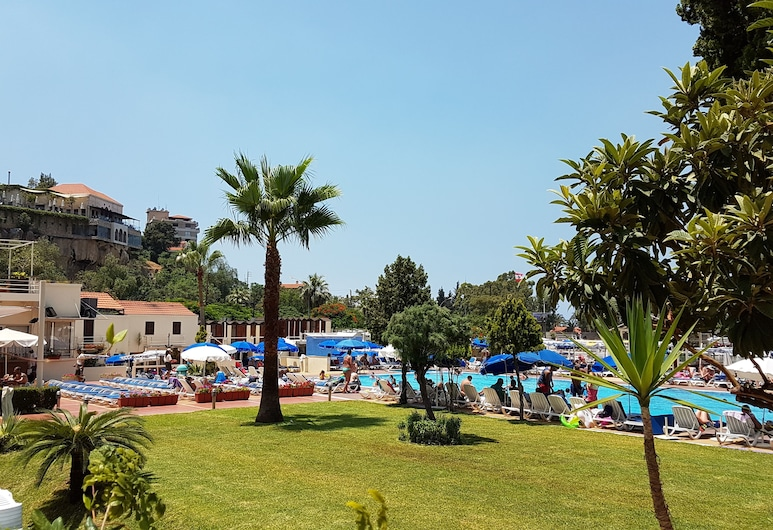Bel Azur Hotel & Resort, Jounieh, Hotelgelände