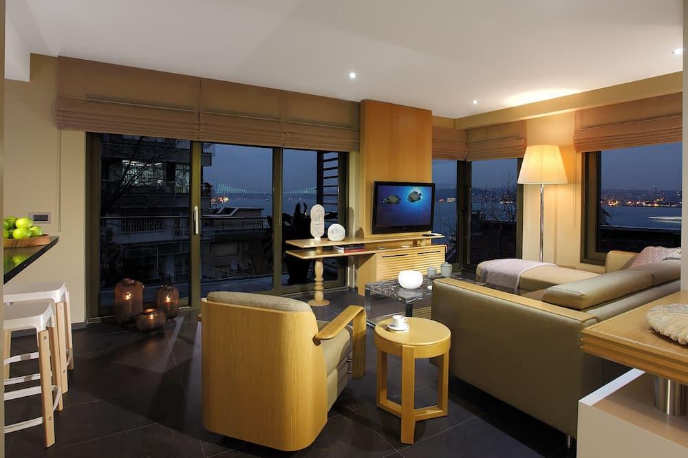 Luxury Apartment, 1 Bedroom, Sea View - Living Area