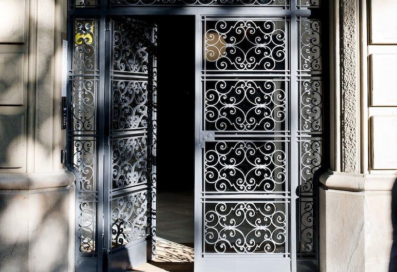 Eric Vökel Boutique Apartments Gran Vía Suites, Barcelona, Ingång till boendet