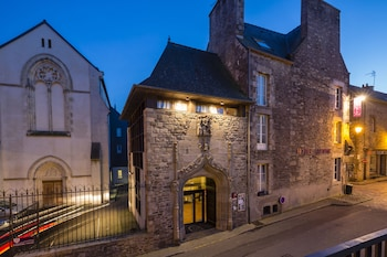 Picture of Hotel Arvor in Dinan