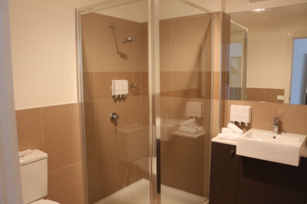 Classic-Suite - Dusche im Bad