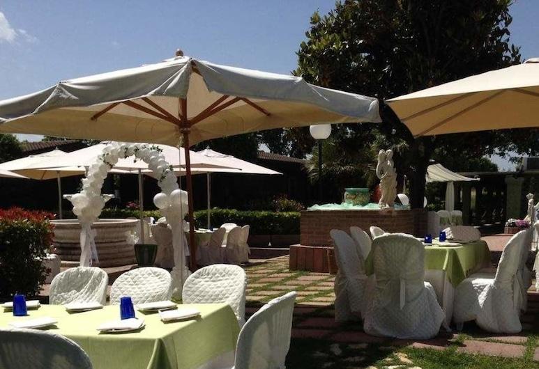 Hotel Valle di Venere, Fossacesia, Restaurante al aire libre