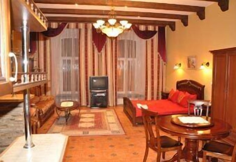 OId Town Apartments, Lavov, Superior studio apartman, kuhinja, Dnevni boravak
