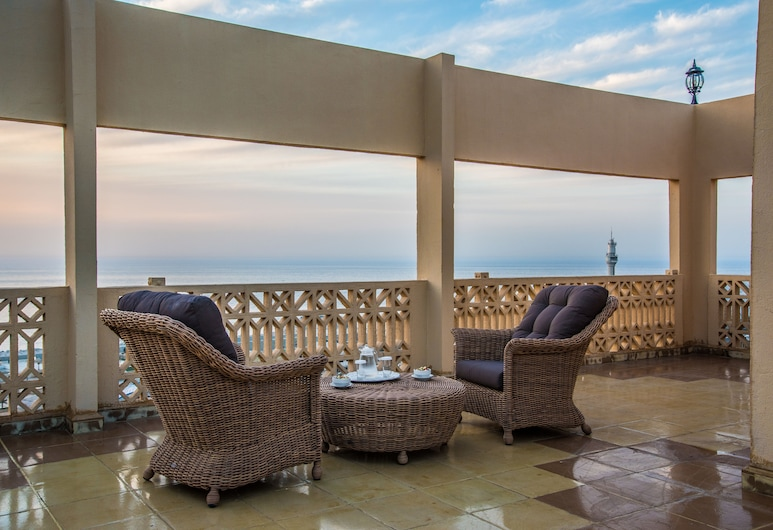 Bella Riva Hotel, Beirut, Terrace/Patio