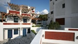Choose This 2 Star Hotel In Andros