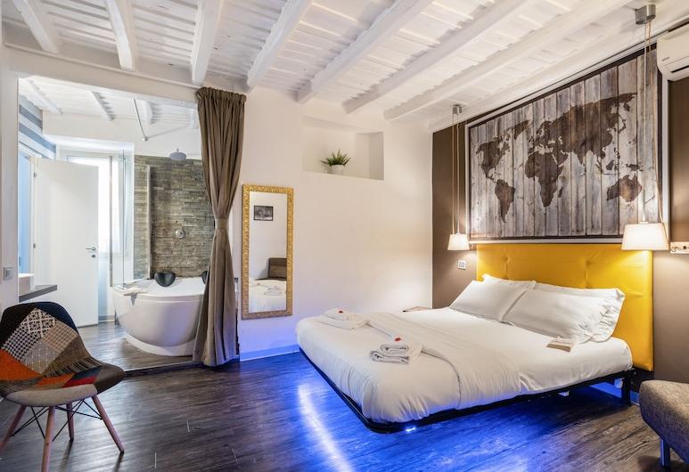 iRooms Rome Spanish Steps, Рим, Двухместный номер «Делюкс» с 1 двуспальной кроватью, для некурящих, гидромассажная ванна (iRoom), Номер