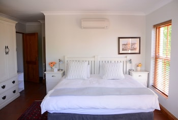 Picture of Penelope's Guesthouse in Stellenbosch