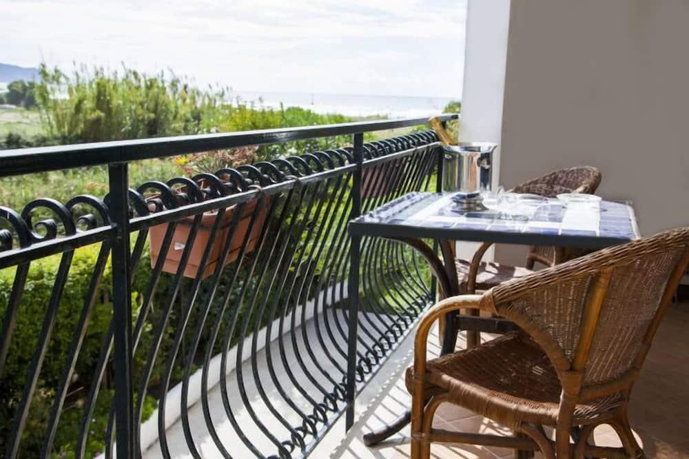 Superior Quadruple Room - Balcony