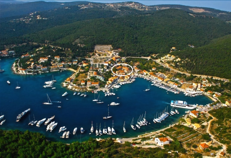 Balhambra Suites - Adults Only, Céphalonie, Marina
