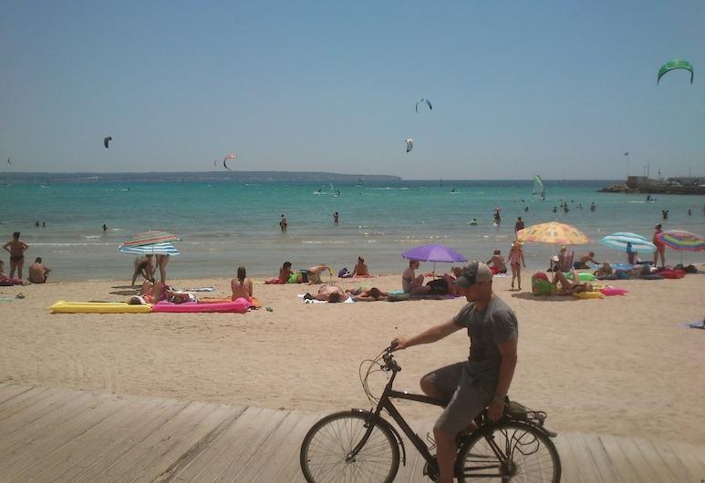Hotel Bari, Playa de Palma, Beach