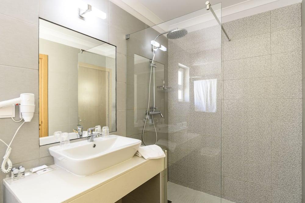Superior Villa, 1 Bedroom - Bathroom