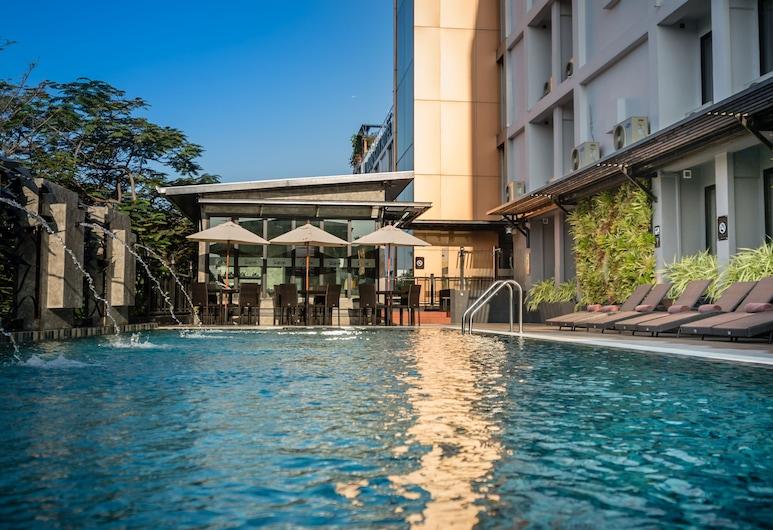 ヌーボ シティ ホテル, バンコク, 屋外プール