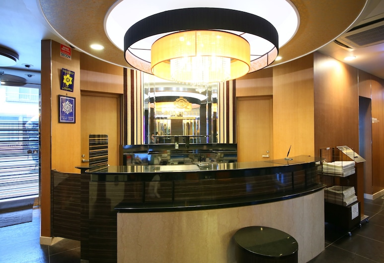 APA Hotel Shimbashi Onarimon, Tókýó, Móttaka