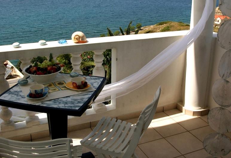 فيلا إريني, أبوكوروناس, إستديو - بمنظر للبحر - في منطقة الحديقة, مطعم