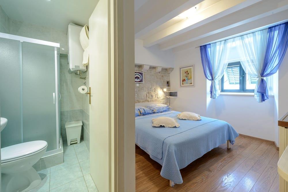 Студія, 1 двоспальне ліжко, з видом на місто - Ванна кімната