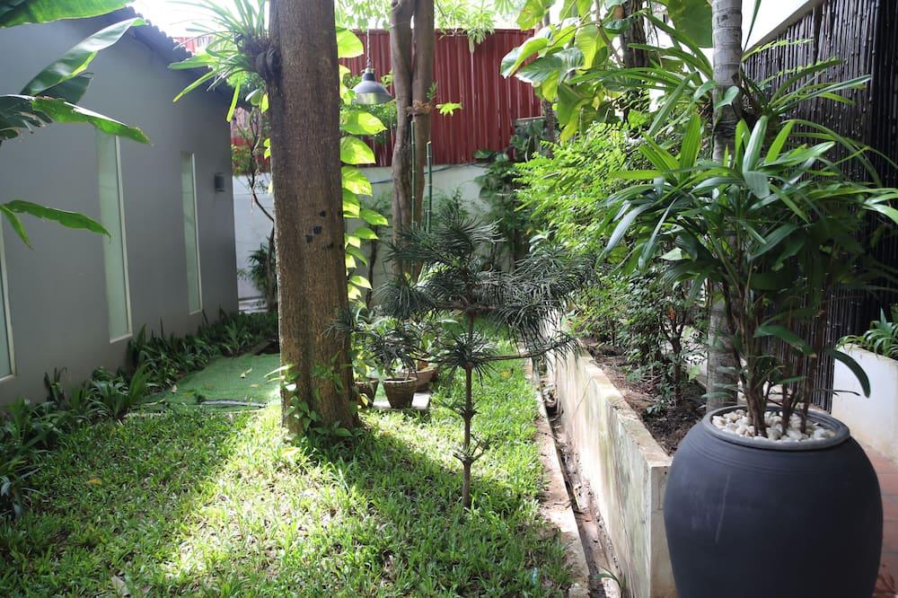 Superior Twin Room, 2 Twin Beds, Garden View - Garden View