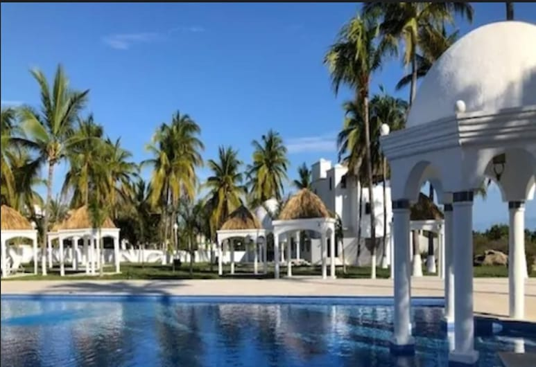 Hotel Aldea del Bazar, Puerto Escondido, Piscina