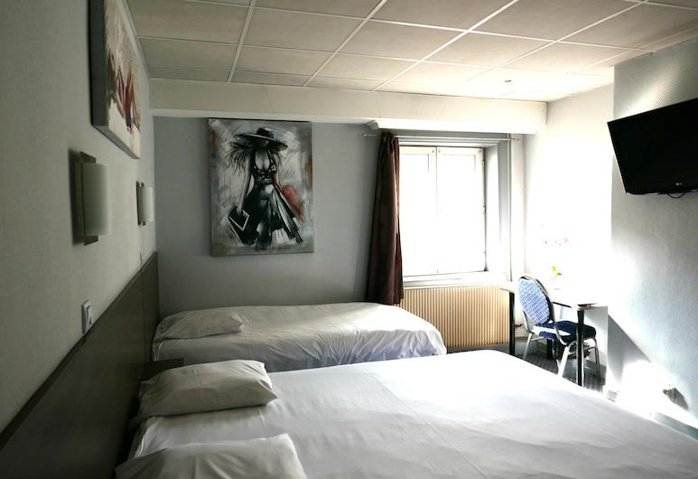 Hotel de Normandie, Lyon, Trippelrum, Gästrum