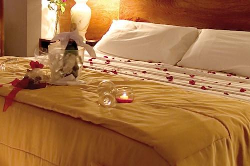 聖薩爾瓦多德朱飯店/