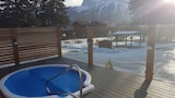 Choose This 2 Star Hotel In Canmore