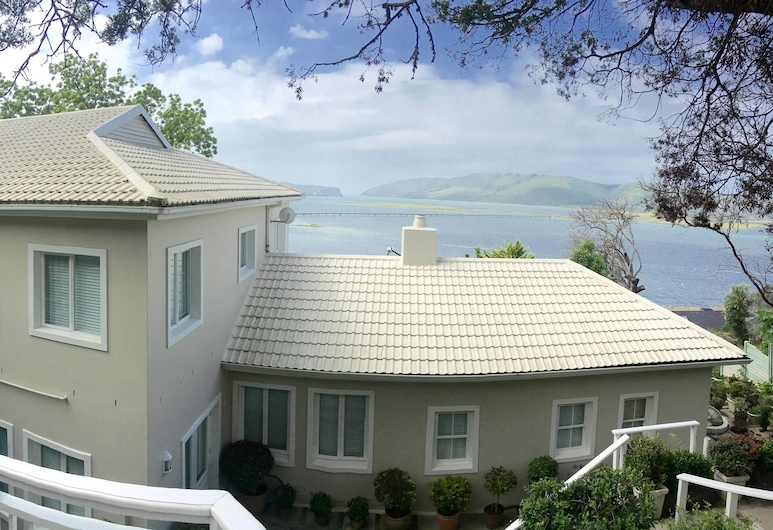 Roseroc Boutique Guest House, Knysna, Hotel Front
