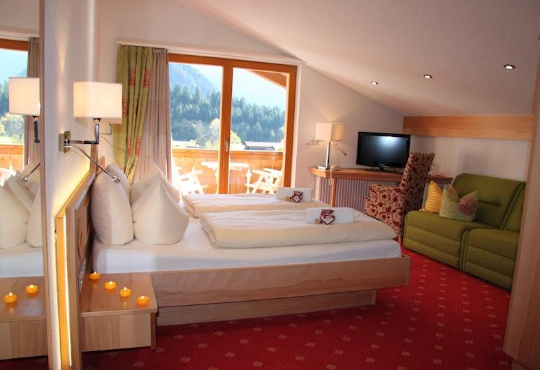 Hotel Arnika, Oberammergau, Comfort Double Room, Guest Room