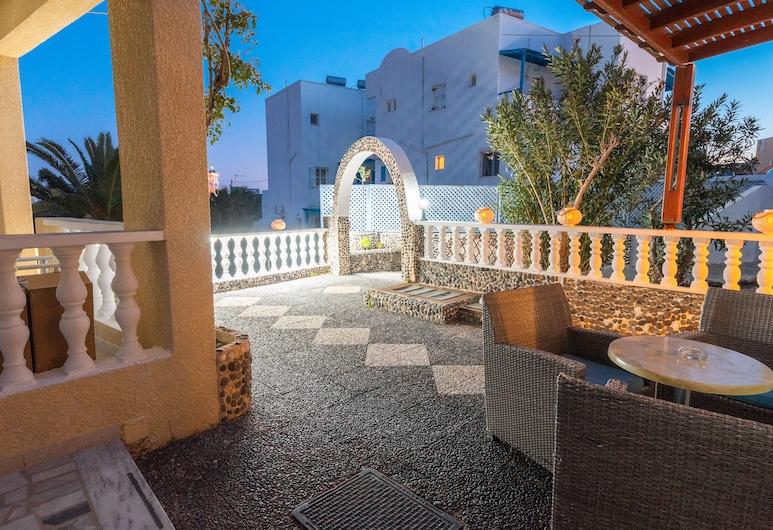 Villa Dima, Santorini, Hotel Front – Evening/Night