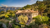 Choose This Luxury Hotel in Soller