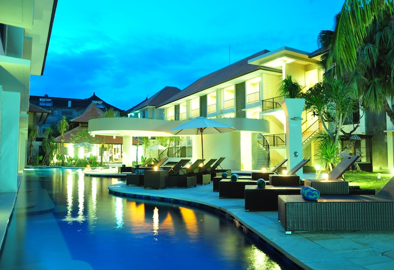 Grand Barong Resort, Kuta, Deluxe lagoon pool access, Balcony