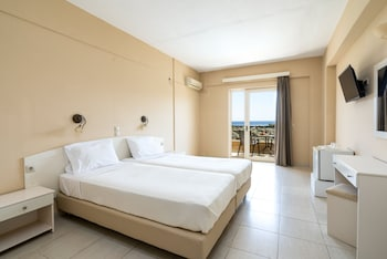 Picture of Villa Maxine Hotel in Agios Vasileios