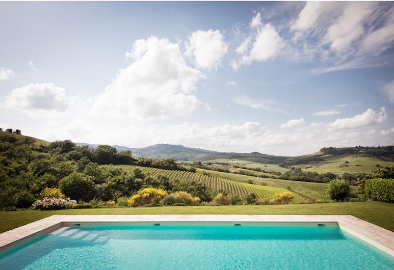 โลกานดา ปาลาซโซเน, Orvieto, สระว่ายน้ำกลางแจ้ง