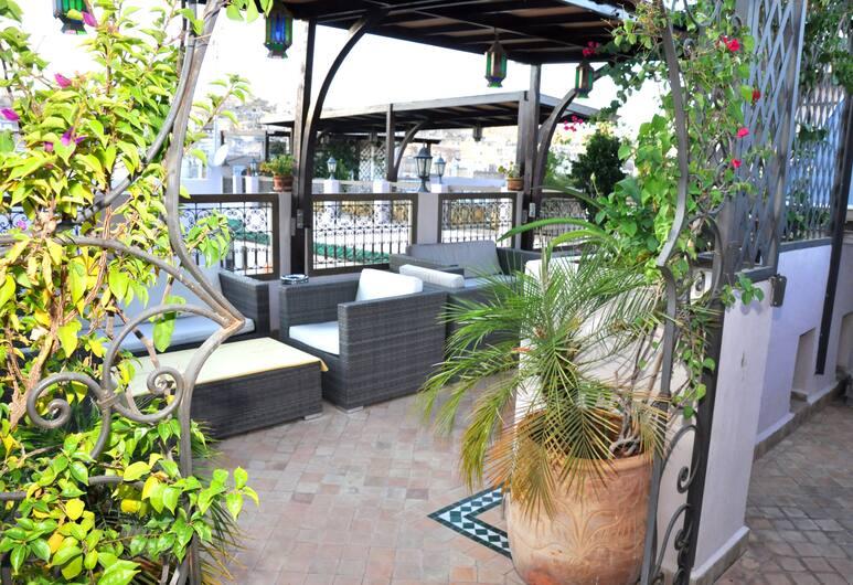 Riad Andalib, Fes, Área para refeição ao ar livre