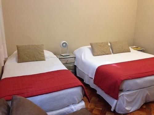 Hotel Baleares, Santiago