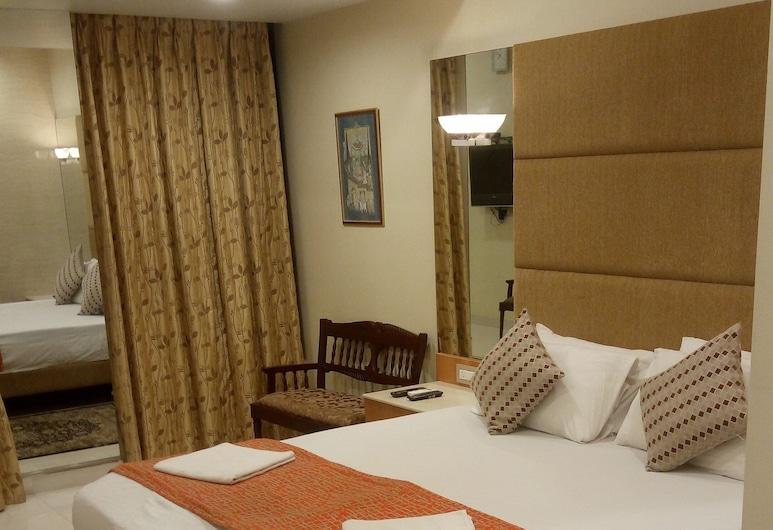 Bentley Hotel Churchgate, Mumbai, Deluxe Room, Guest Room