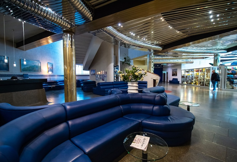 Hotel Salute, Kyiv, Lobby