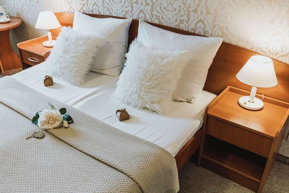 Стандартний двомісний номер (2 односпальних ліжка) - Вид з номера