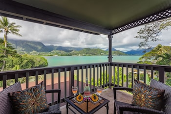 Picture of Paradise Bay Resort in Kaneohe